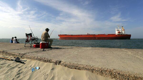 Tankowiec w Port Aransas w Teksasie. - Sputnik Polska