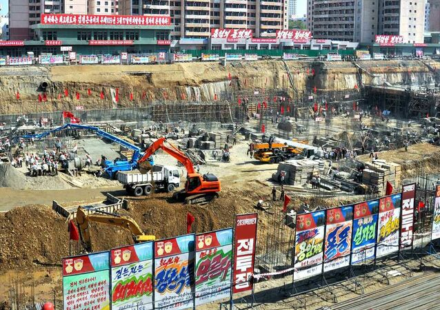Plac budowy szpitala w Pjongjangu, gdzie znaleziono niewybuchy z czasów wojny koreańskiej.