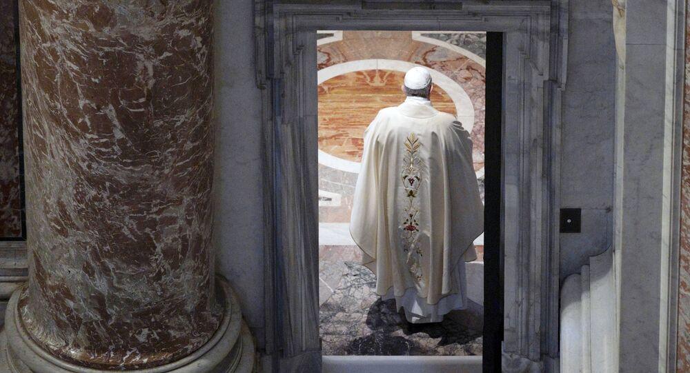 Papież Franciszek w Bazylice św. Piotra w Watykanie