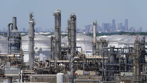 Rafineria ropy naftowej w Houston, Teksas, USA - Sputnik Polska