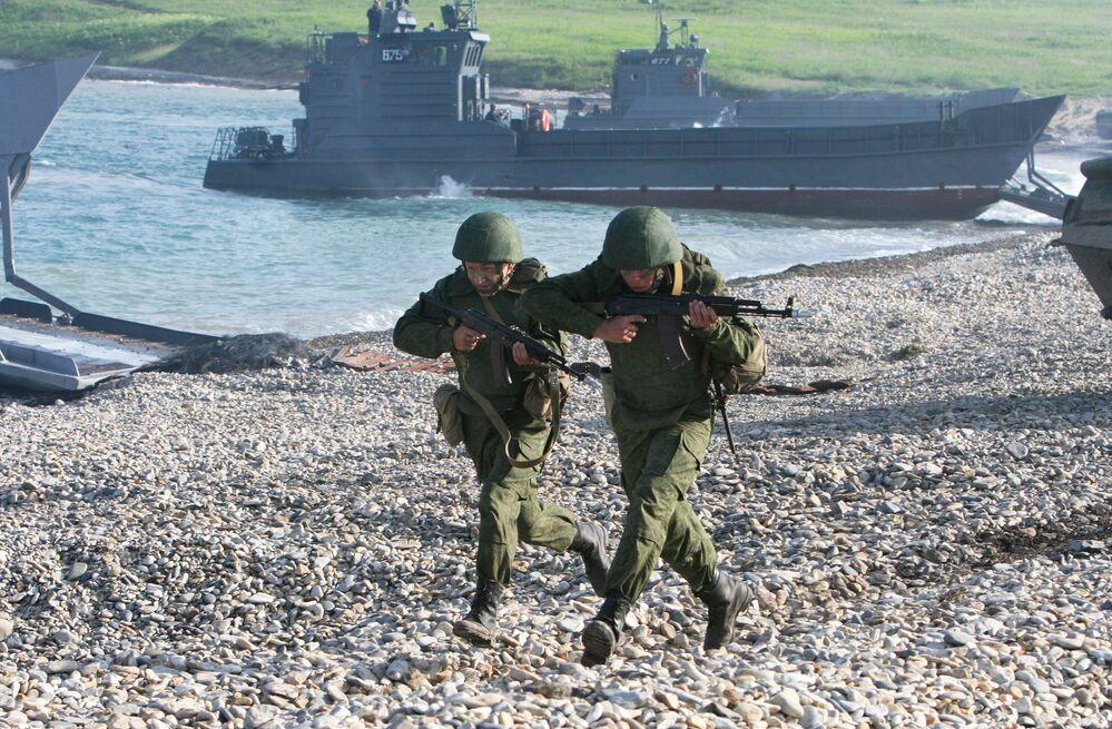 """Ćwiczenia Floty Oceanu Spokojnego """"Wschód 2010"""""""