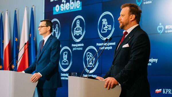 Premier Mateusz Morawiecki i minister zdrowia Łukasz Szumowski - Sputnik Polska