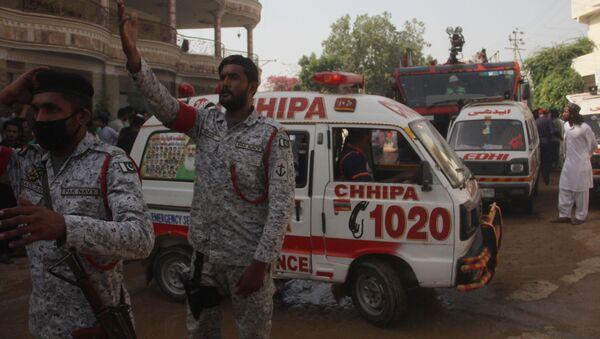 Katastrofa samolotu Airbus A-320 linii lotniczych Pakistan International Airlines (PIA) w Karaczi. - Sputnik Polska