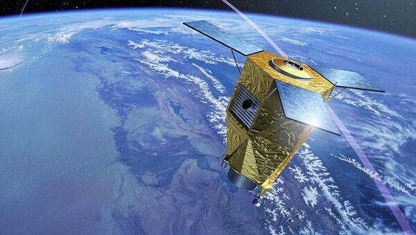 Francuskie satelity wojskowe Pleiades-1A i Pleiades-1B. - Sputnik Polska