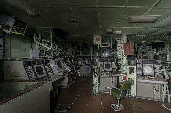 Porzucony okręt wojenny znaleziony przez blogera Boba Thiessena - Sputnik Polska