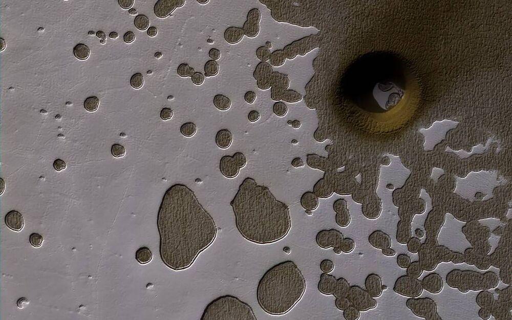 Niezwykłe ukształtowanie powierzchni na południowej półkuli Marsa