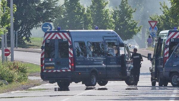 Policyjny radiowóz, Francja - Sputnik Polska