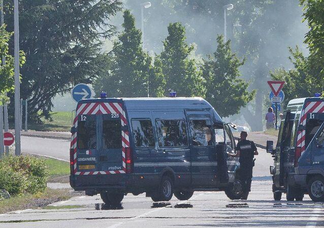 Policyjny radiowóz, Francja