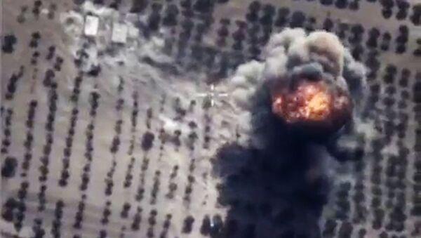 Naloty rosyjskich sił powietrznych w Syrii - Sputnik Polska