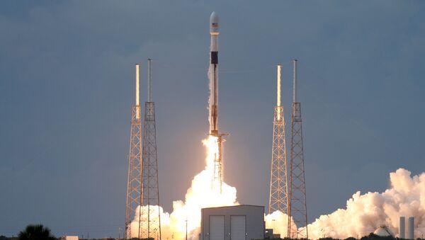 Start Falcon 9 w 2019 - Sputnik Polska