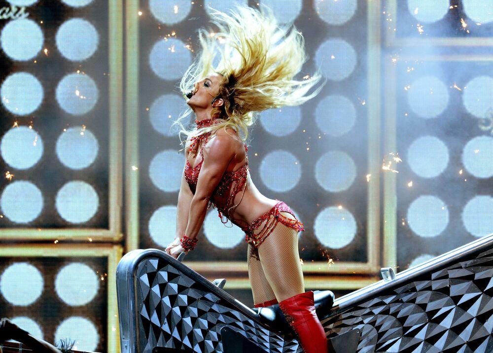 Brytyjska piosenkarka pop Britney Spears występuje podczas Billboard Music Awards 2016 w Las Vegas w USA
