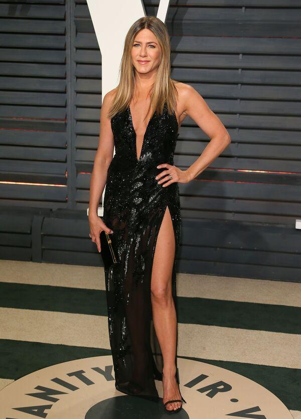 Amerykańska aktorka Jennifer Aniston na imprezie Vanity Fair w Beverly Hills, Kalifornia, 2017 rok  - Sputnik Polska