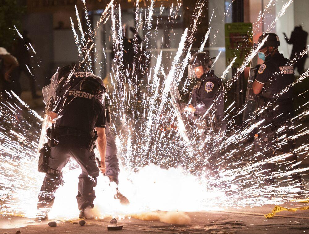 Antypolicyjne protesty w Waszyngtonie
