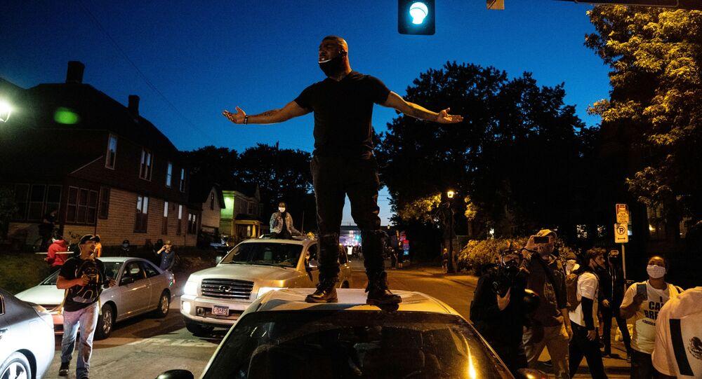 Protesty w Minneapolis