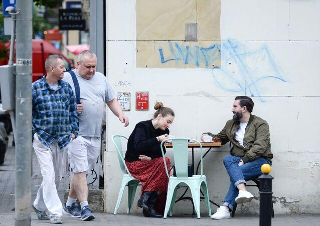 Mieszkańcy Warszawy podczas epidemii koronawirusa