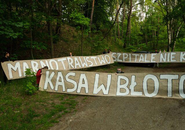 Aktywiści z Obozu dla Mierzei Wiślanej
