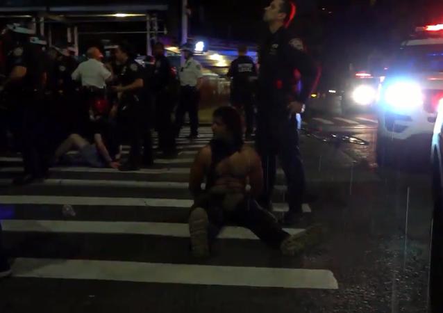 Protesty przeciwko brutalności policji