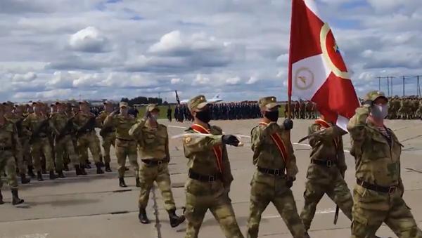 Pierwsza próba Parady Zwycięstwa odbyła się w Nowosybirsku - Sputnik Polska