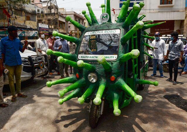 Riksza w kształcie koronawirusa, Indie