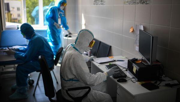 Lekarze w szpitalu w Moskwie - Sputnik Polska