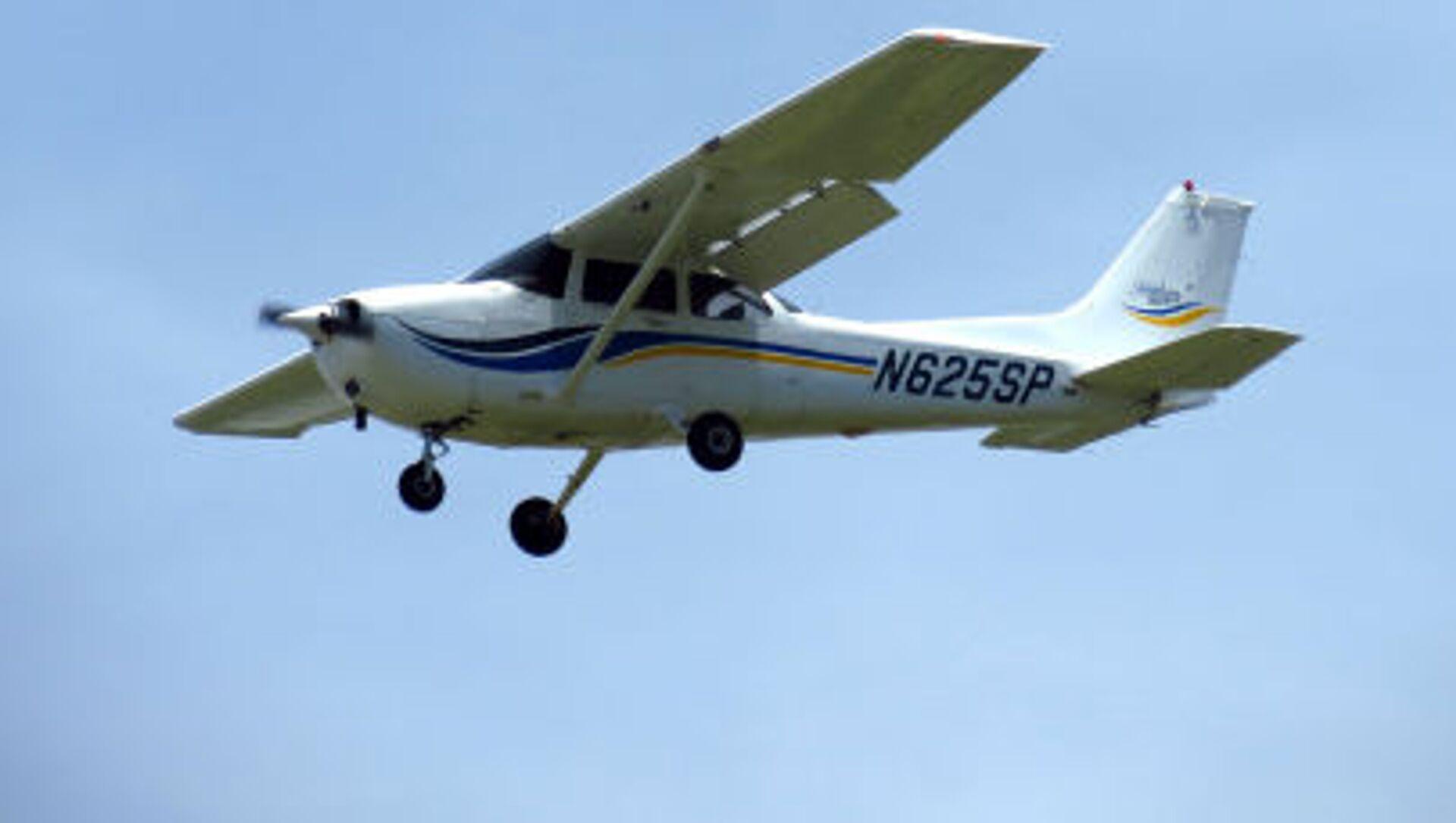 Samolot Cessna 172 - Sputnik Polska, 1920, 12.06.2021