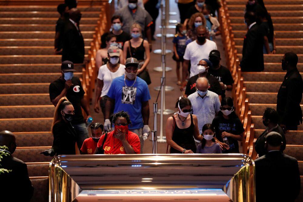 Ceremonia pożegnania George'a Floyda w kościele The Fountain of Praise w Houston