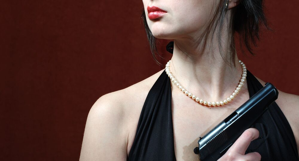 Dziewczyna z pistoletem