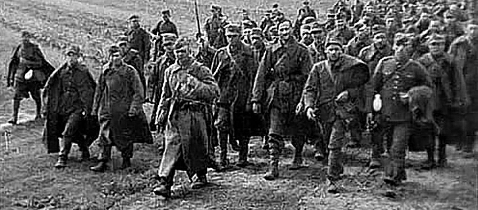 Polscy jeńcy w asyście czerwnoarmistów, 1939 rok - Sputnik Polska, 1920, 09.06.2020