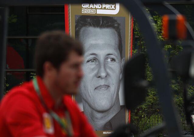 Plakat z wizerunkiem Michaela Schumachera
