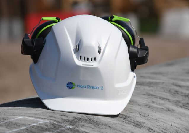 Kask pracownika na budowie gazociągu Nord Stream 2