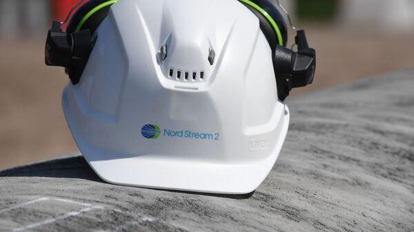 Kask pracownika na budowie gazociągu Nord Stream 2 - Sputnik Polska
