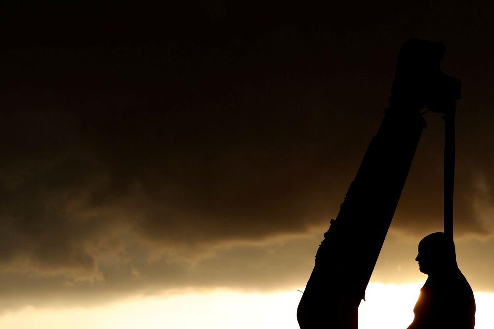 Statua Roberta Milligana, Londyn.