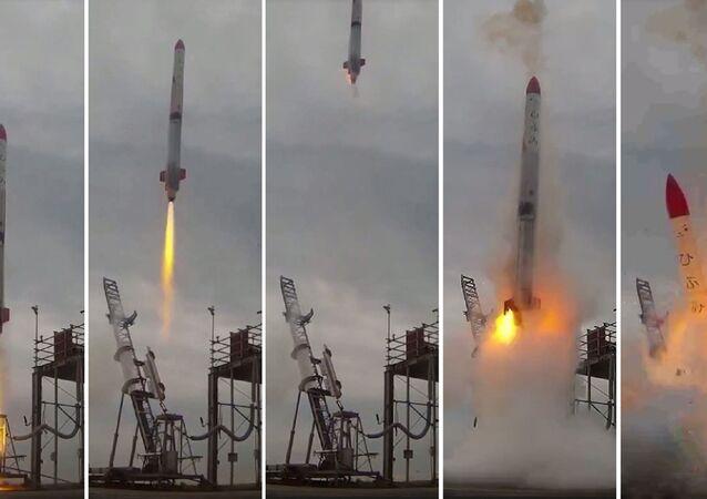 Nieudany start rakiety MOMO-2 w Japonii