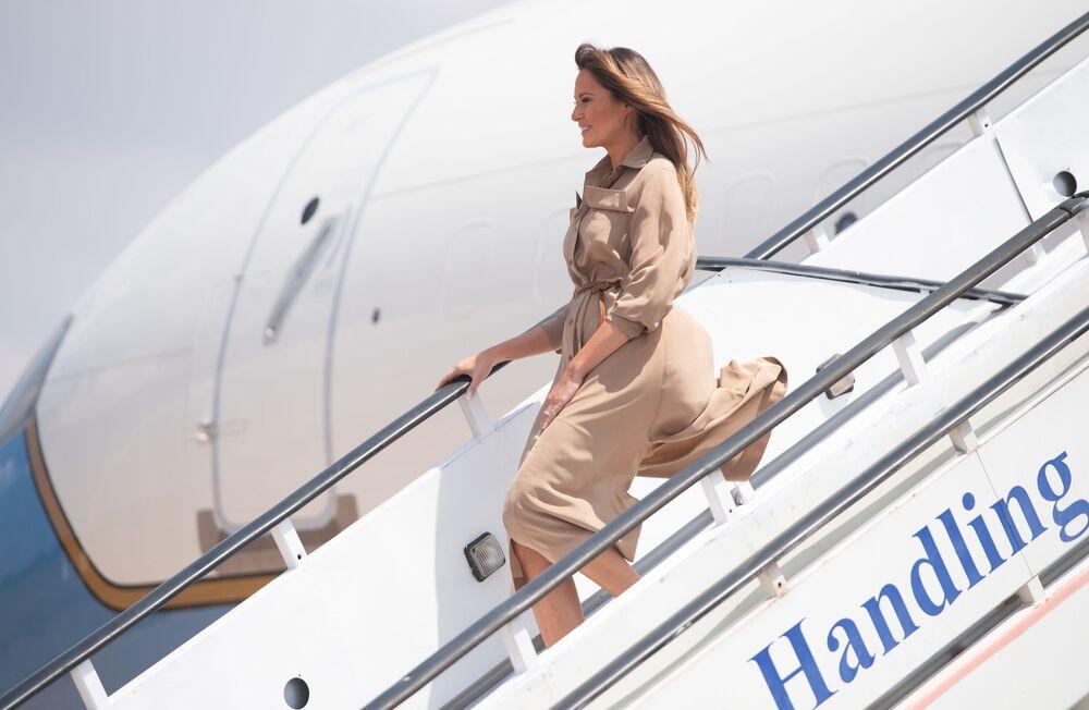 Pierwsza dama USA Melania Trump przybywająca do Malawi, 2018 rok