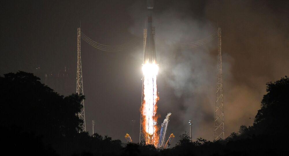 """Wystrzelenie rakiety """"Sojuz-ST"""" z kosmodromu Kourou"""