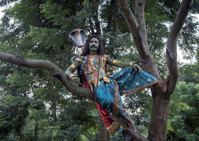 """Wiele twarzy Bukhurupi"". Fotograf: Santanu Dey, Indie"