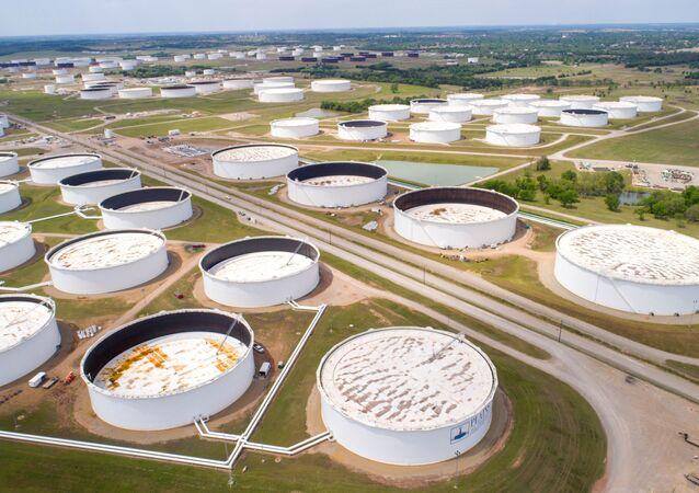 Zbiorniki do przechowywania ropy naftowej w Cushing
