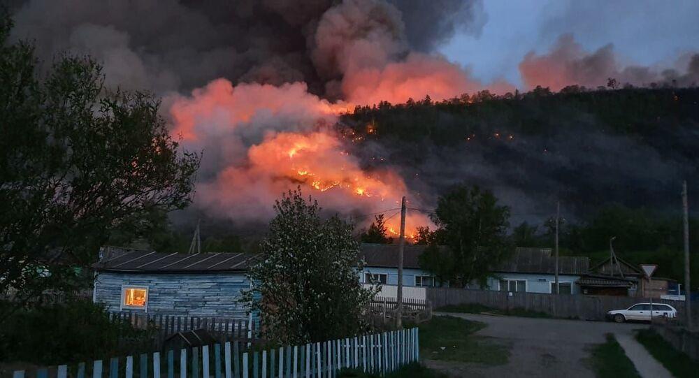 Pożar lasu w rejonie bystrinskim na Kamczatce