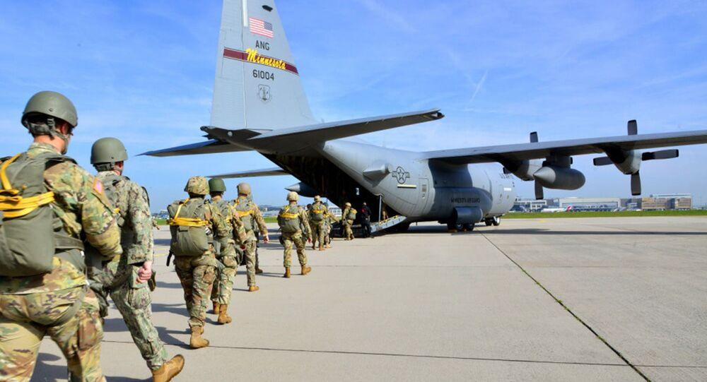 Amerykańscy wojskowi na lotnisku Malmsheim, Niemcy
