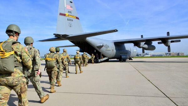 Amerykańscy wojskowi na lotnisku Malmsheim, Niemcy - Sputnik Polska