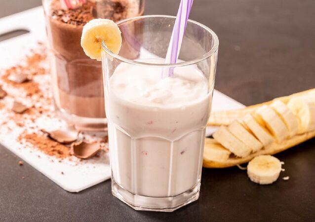 Koktajl z bananów i mleka