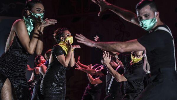 Tancerze na XIV Międzynarodowym Festiwalu Tanga w Kolumbii - Sputnik Polska