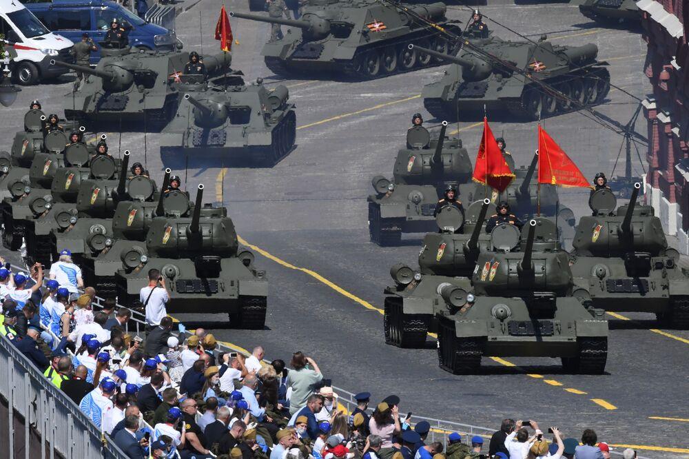 Defilada Zwycięstwa na Placu Czerwonym z okazji 75. rocznicy zwycięstwa nad hitlerowskimi Niemcami