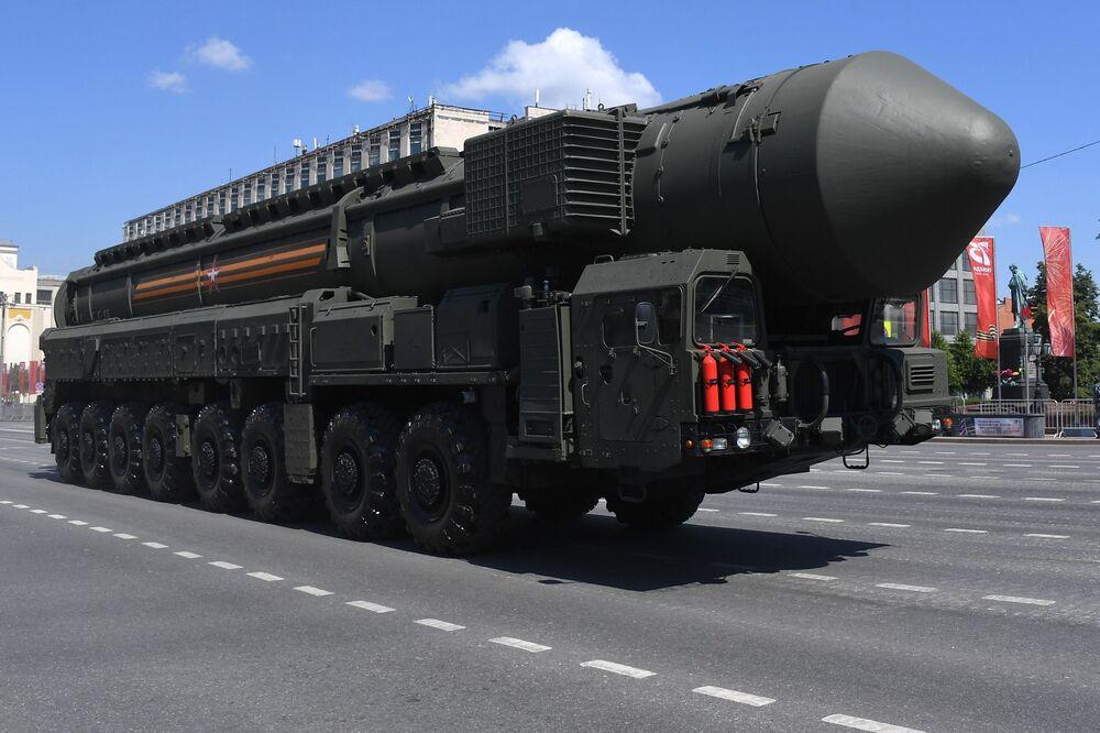 Pocisk balistyczny dalekiego zasięgu RS-24