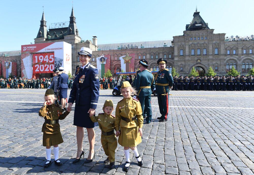 Defilada Wojskowa z okazji 75. rocznicy zwycięstwa nad hitlerowskimi Niemcami