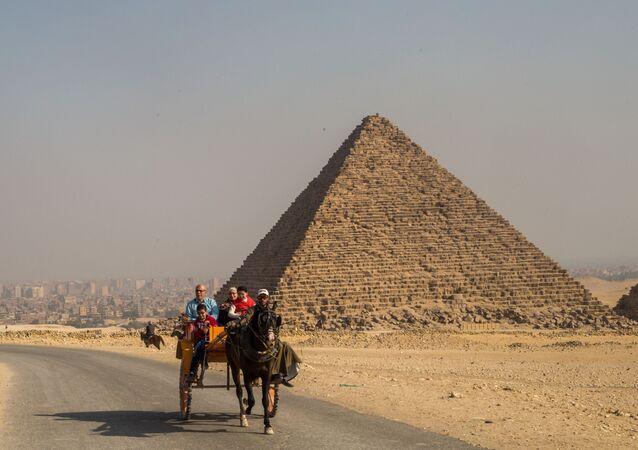 Piramida Mykerinosa w Gizie