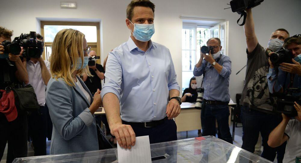 Prezydent Warszawy Rafał Trzaskowski zagłosował w wyborach prezydenckich 2020