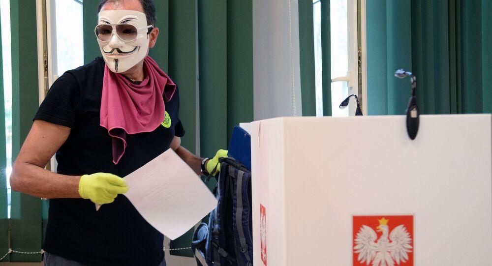 Lokal wyborczy w Warszawie