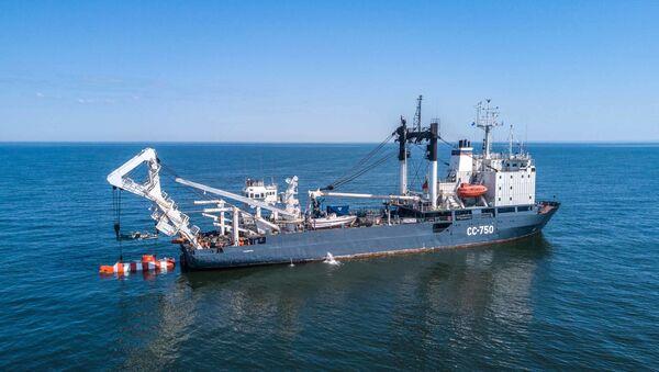 Załoga okrętu ratunkowego Floty Bałtyckiej SS-750 - Sputnik Polska