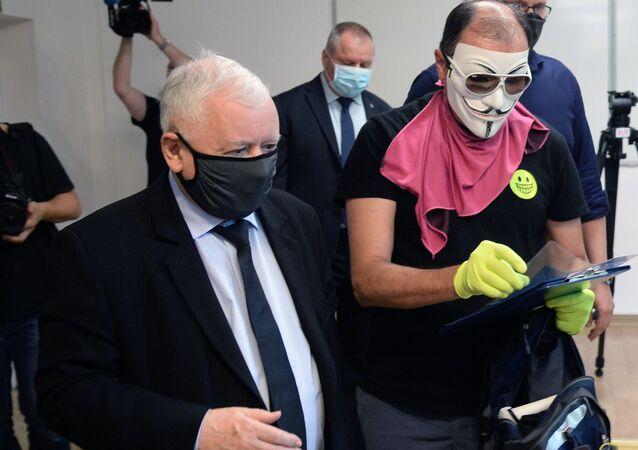 Jarosław Kaczyński podczas głosowania